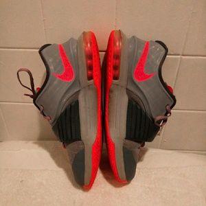 Other - Nike Kobe Bryant #35 Tennis shoes